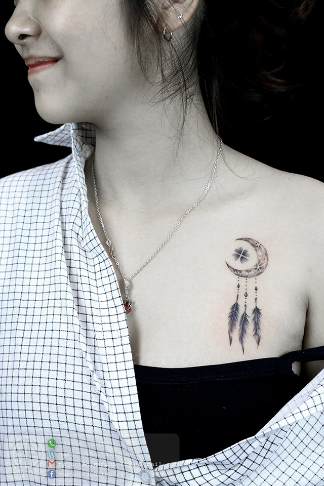 Hình xăm mặt trăng - Hình Xăm Nhỏ tại Mr.Tattoo - Những mẫu xăm nhỏ đẹp nhất 1.
